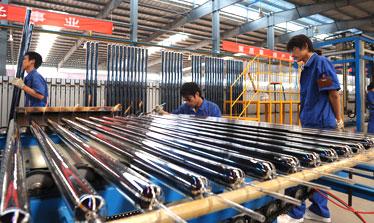 专业生产队伍,高端加工设备、材料