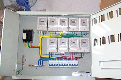 照明装置及检修插座,照明及检修插座应设置专用电路